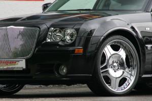 GeigerCars_2006_Chrysler_300C_SRT8_3