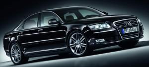 Audi_A8_2009_Pantherschwarz_Kristalleffekt