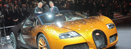 Bugatti Veyron Skulptur