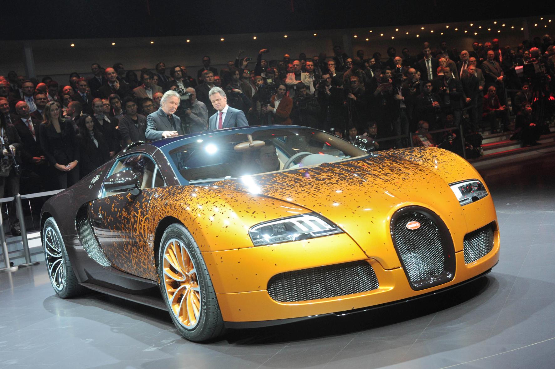 Bugatti_Veyron_Skulptur_1