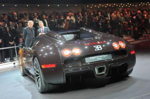Bugatti_Veyron_Skulptur_2