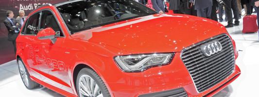 Audi A3 Sportback g-tron und A3 Sportback e-tron: CO₂-neutrale Langstreckenmobilität