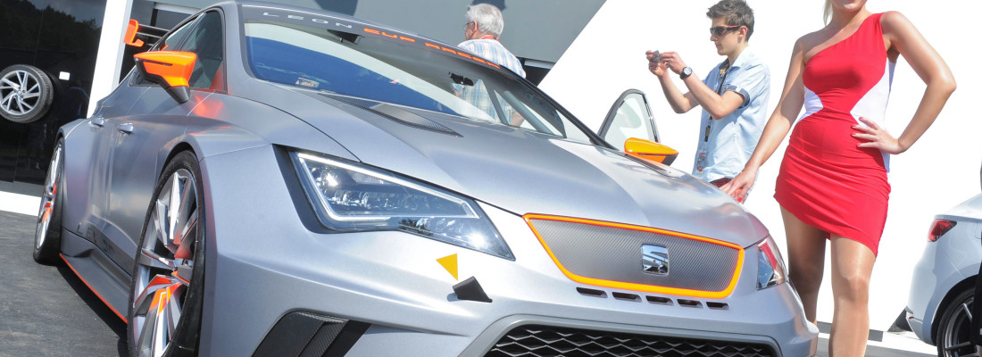 neuer Seat Leon Cup Racer: Weltpremiere am Wörthersee