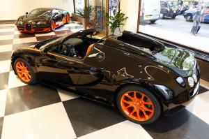 Bugatti_Veyron_16.4_Super_Sport_Grand_Sport_Vitesse