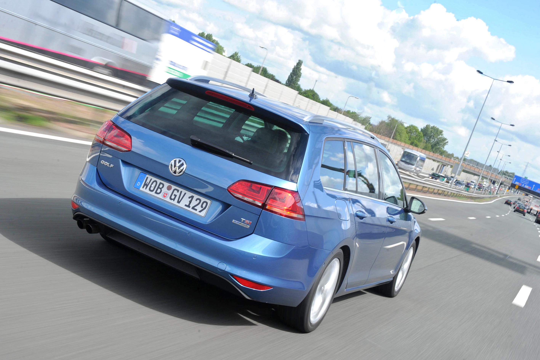 Neuer_VW_Golf_Variant_2