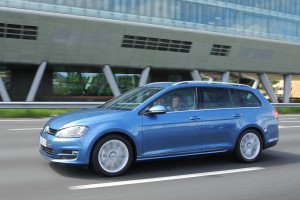Neuer_VW_Golf_Variant_3