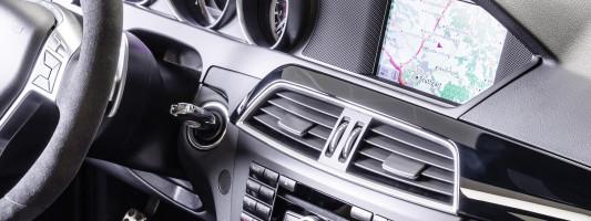 Mercedes C- und E-Klasse nun mit Comand Online-System