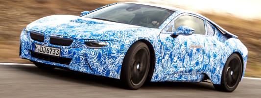 neuer BMW i8: erster Fahrtest des Elektro-Sportlers