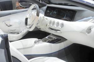 Mercedes-Benz_S-Klasse_Coupé_Concept_IAA_2013_3