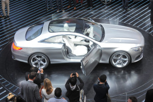 Mercedes-Benz_S-Klasse_Coupé_Concept_IAA_2013_4