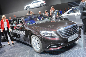 Mercedes_S_500_Intelligent_Drive_Studie_1