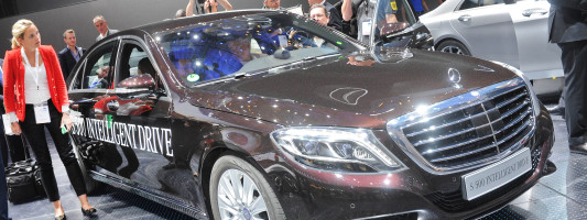 Mercedes S 500 Intelligent Drive Studie