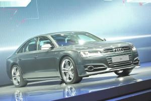 neuer_Audi_A8_Premiere_IAA_2013_1
