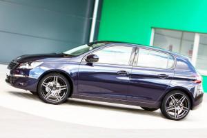 Peugeot_308_neue_Räder_AZEV