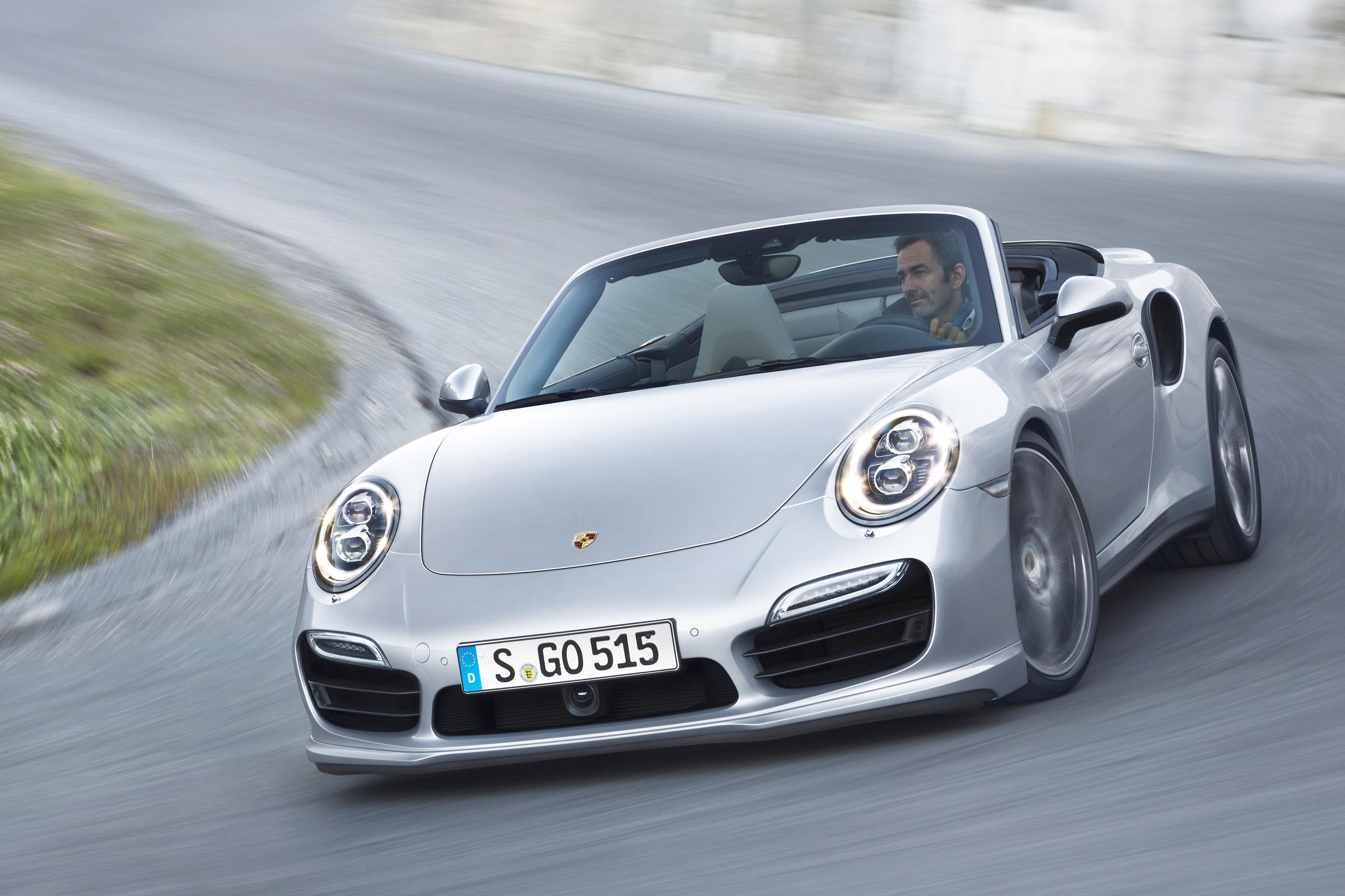 Porsche_911_Turbo_S_Cabrio-Versionen_LA_Autoshow_2013_1