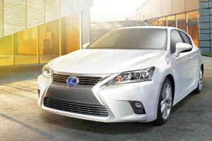 Lexus_CT_200h_Facelift_Weltpremiere_Guangzhou_Motor_Show