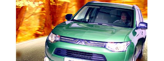 Mitsubishi Outlander Jäger Edition: Sondermodell in Schwarz