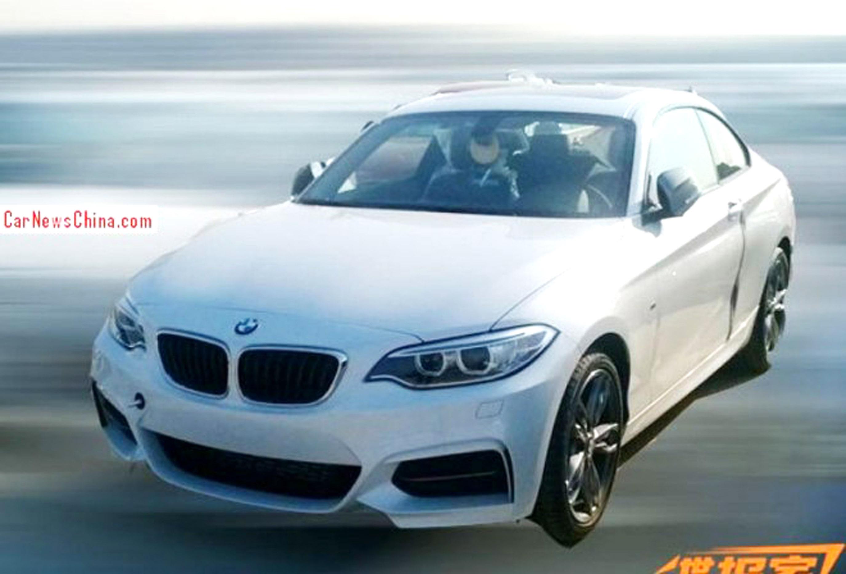 BMW_M235i_Premiere_Detroit_Peking_1